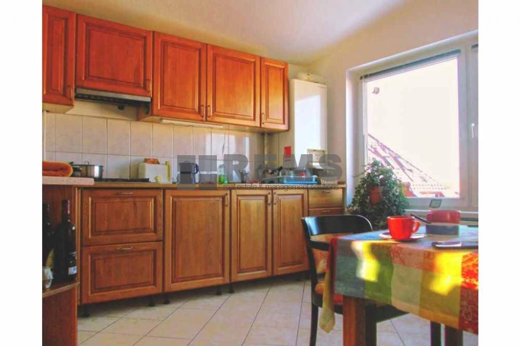 Apartament 4 camere, Buna Ziua, garaj inclus