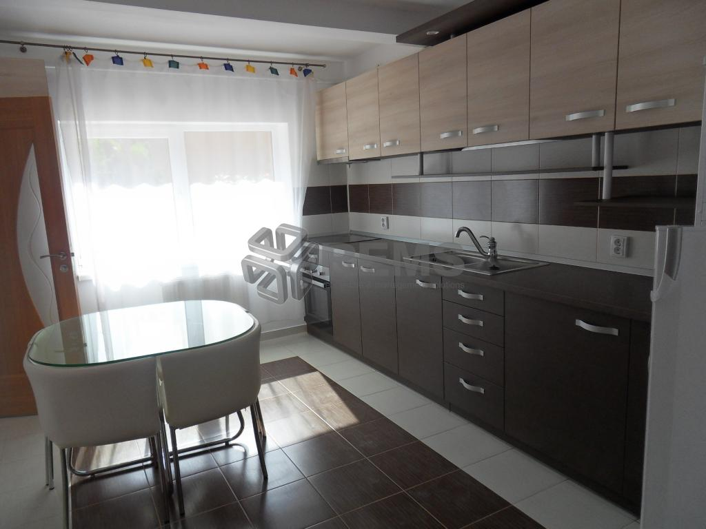Apartament cu trei camere in zona Hasdeu, constructie noua