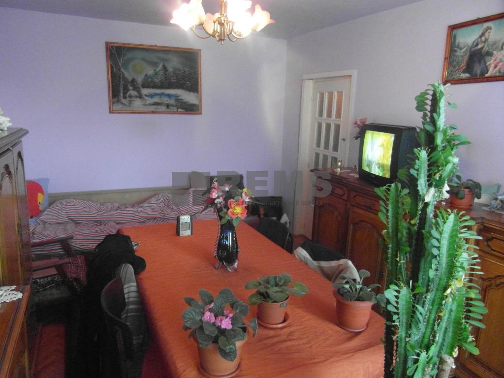 Apartament decomandat, 80 mp, 2 balcoane, panorama deosebita