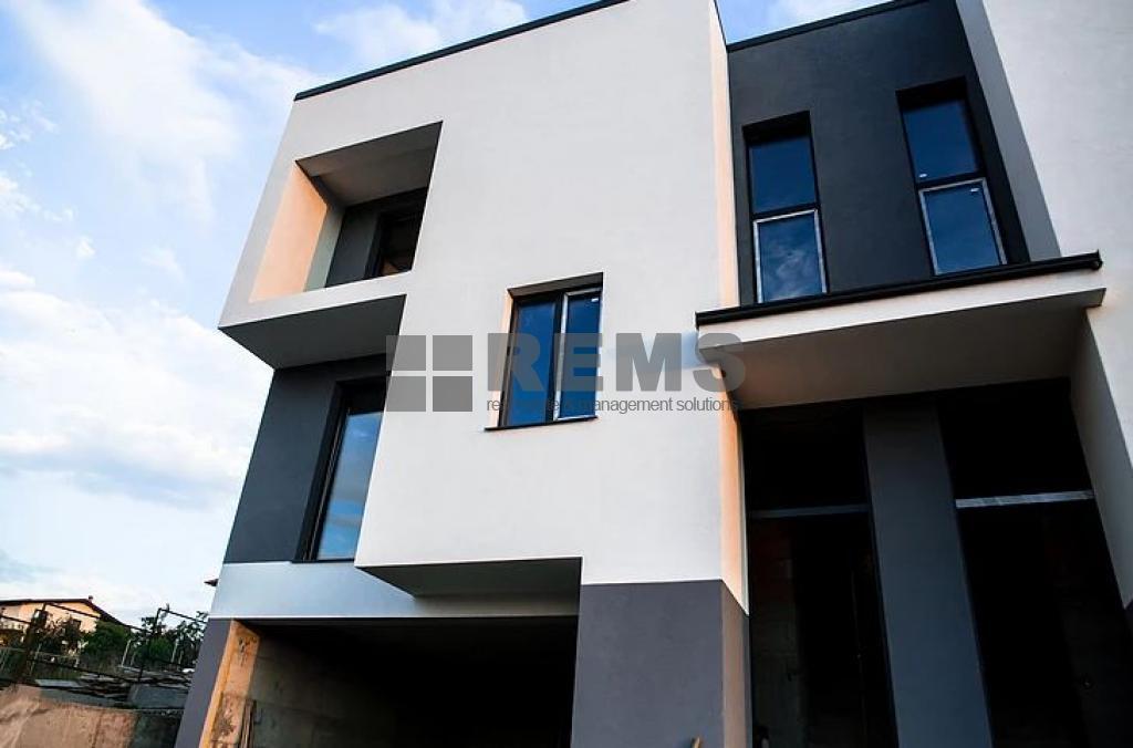 haus zum verkaufen floresti rems 9718 rems imobiliare. Black Bedroom Furniture Sets. Home Design Ideas